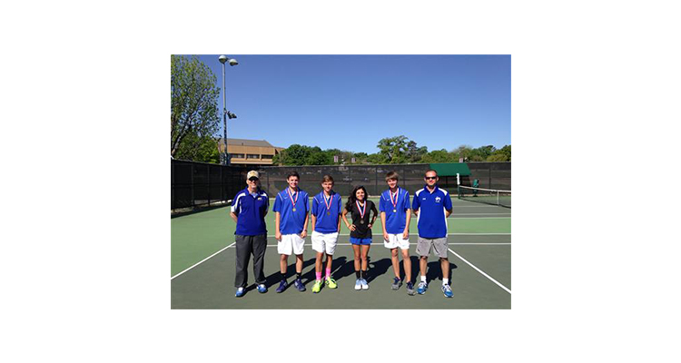 Photo for Boy's Doubles And Mixed Doubles Qualify For Regionals!